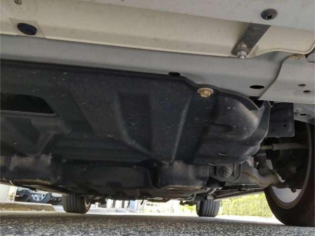 下回りも良好で、走行に支障をきたす様なダメージはありません。 また、納車前には丁寧清掃を行い、ご購入後もしっかりサポート致します!