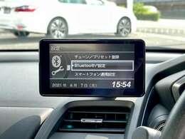 6.1インチのセンターディスプレイです。リアカメラ、Gメーター表示機能、Bluetoothオーディオに対応。