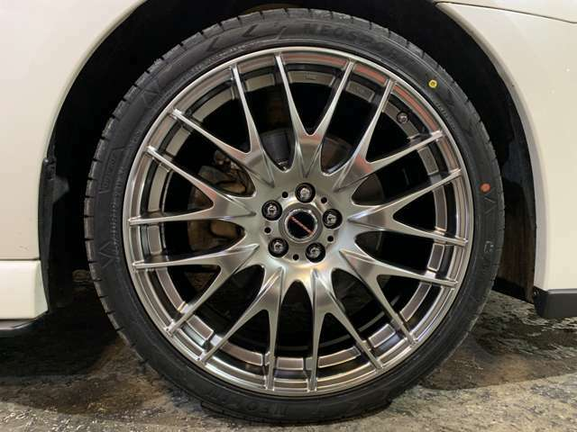 Leyseen PRAVA 9M19インチAW☆タイヤサイズ225/40R19☆タイヤやホイールの変更(有料)も可能ですのでお気軽にご相談ください!