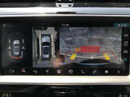 全周囲カメラとセンサーは狭い場所でも安心して駐車できるようにサポート。タッチスクリーンの表示と音で障害物との距離を確認できます。車幅感覚に慣れていない方や駐車の苦手な方には必見の装備といえます♪