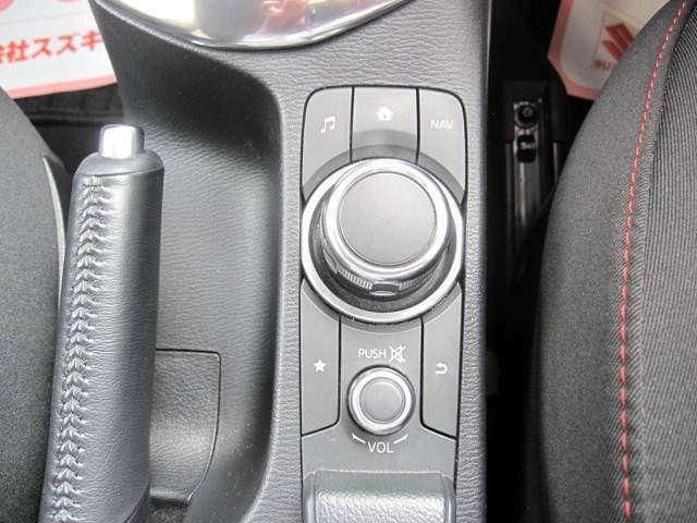 こちらのボタンでオーディオ操作もラクラク!!