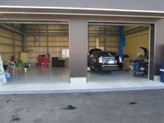 国家整備資格取得 整備士常駐♪車検・整備・パーツ購入等お車のアフタ-はぜひ当社にお任せください!