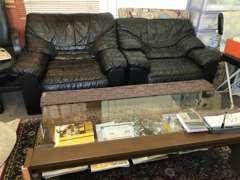 ソファーでゆっくりお話ししましょう♪ご購入後の不安など、気軽にご相談をください!