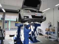 経験豊富な整備士が貴方の車をしっかりサポートします☆