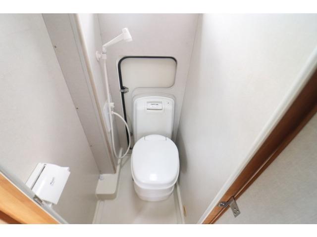 温水シャワー カセットトイレ