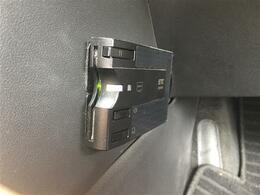 社外メモリーナビ/CDDVD/SD/BT/フルセグTV/ETC/バックカメラ/HIDヘッドライト/インテリジェントキー/電動格納ミラー