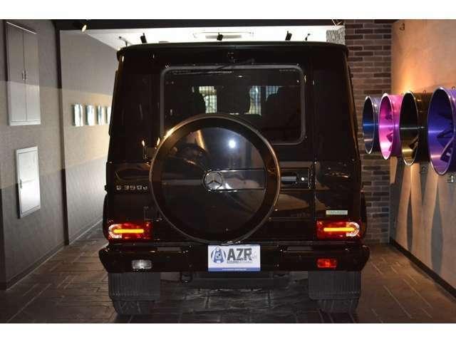 LEDハイマウントストップランプ、LEDライセンスライト、バックカメラが完備されています! 安心して駐車やバックが出来ます!