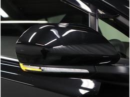 ウィンカー付ドアミラー装備♪デザイン性だけでなく、ドライバーの巻き込み防止など安全運転をサポート致します!対向車や歩行者など周囲からの視認性にも優れていて安心です!