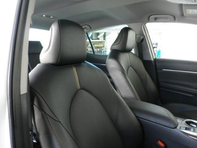 インテリア・シートカラーはブラック基調!高級感溢れるブラックレザーシートです!前席パワーシート機能付き!
