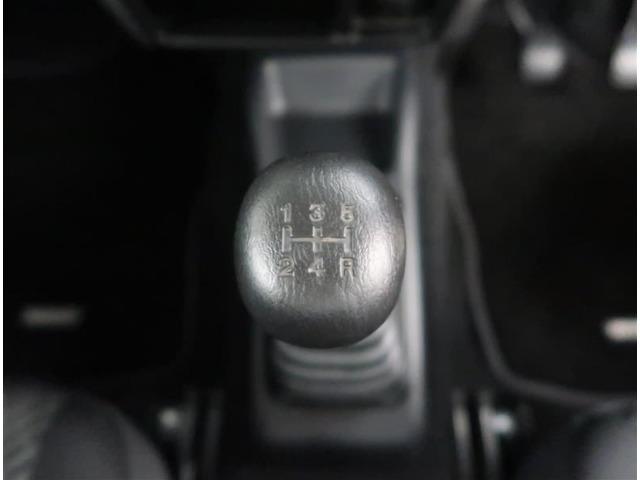 【ミッション】5速マニュアルの車両になります。