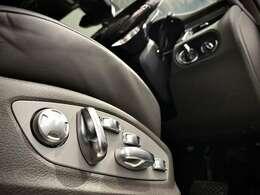 オプション選択の【18WAYアダプティブスポーツシート】。ドライバーの好みに合わせた細かなシートアレンジが可能な高級シート。