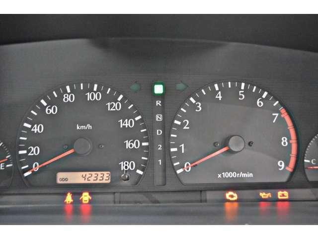実走行4万2千km!当社では、修復歴有車、メーター改ざん車は取り扱っておりません。全て実走行距離のお車になります ご安心してカーライフをお楽しみください!