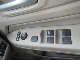 ◆気になる車はすぐにお問い合わせください!右のカーセンサー専用無料ダイヤルから、専門スタッフがお車のご質問にお答えいたします!◆