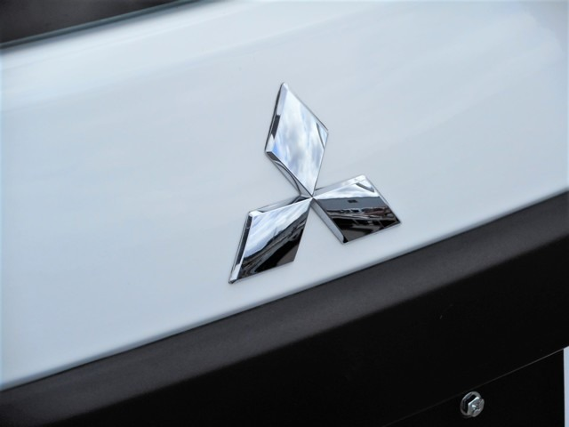 〇ブランドは三菱ですが…実はっ、日産のADバン(現・NV150AD)の兄弟車です!