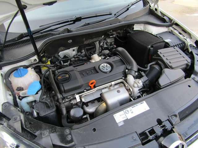 直列4気筒DOHC16バルブICターボエンジンです。