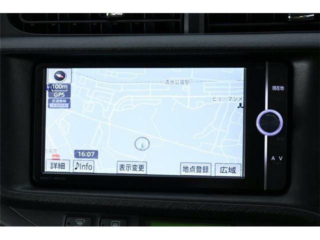純正SDナビ搭載!フルセグTVにDVD、Bluetooth対応♪SDオーディオ機能も利用可能です♪オプション装備のステアリングスイッチ搭載!