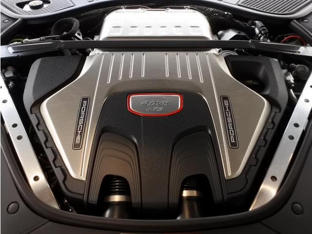 4.0リッターV8ツインターボエンジン