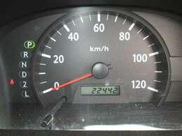 少走行22,442km!当店の車両は全て新車時保証書&整備記録簿付きですので安心してお求めください。