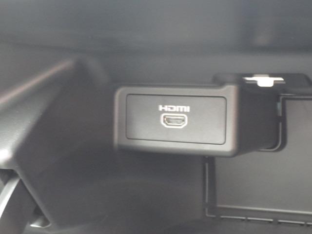 HDMI接続ができるので、スマホやカメラとつなぐことができます♪車でyoutubeを見ることだってできますよ!!