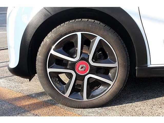 パックスポール専用16インチAW!タイヤも新品に交換!