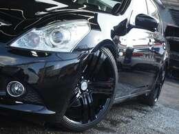 ☆新品RUSHフルタップ式車高調&BLACK ART20インチアルミホイールで足元もカッコよく決まっています!!