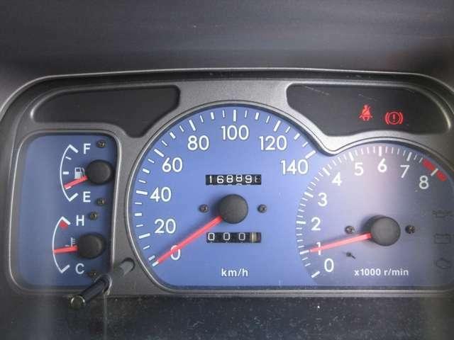 走行距離が16万キロ台です。サンバーは長持ちしますので、まだまだお乗りいただけますよ!