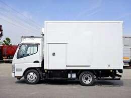 車両総重量5615kg 最大積載量2000kg