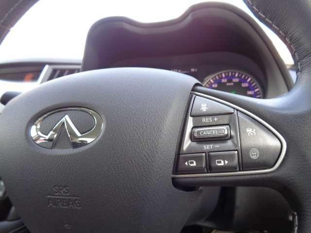 クルーズコントロールで速度を維持して高速での運転の疲れを軽減してくれます