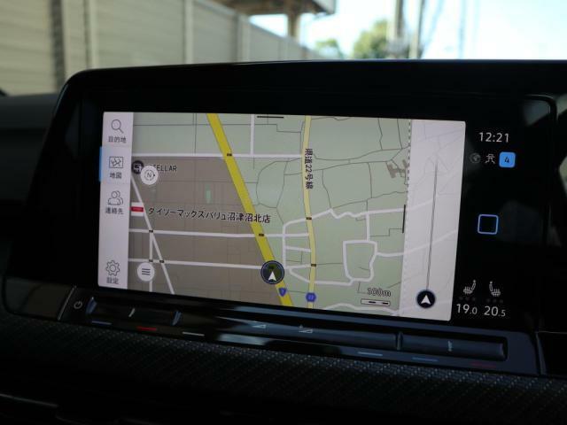ディスカバーPro大画面10インチタッチパネルの高機能ナビにはフルセグTV、Bluetoothの機能を搭載しています。