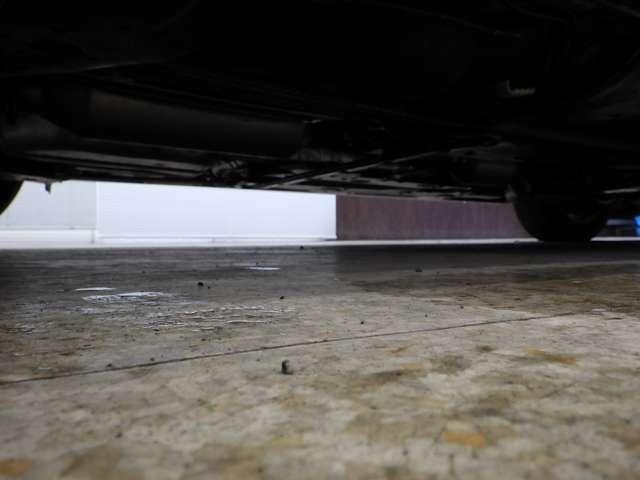 ようこそオートエムワンへ!この度は弊社在庫車輛を、ご覧頂きまして誠に有難う御座います。豊富な自社在庫からお好みのお車をお選び下さいませ。
