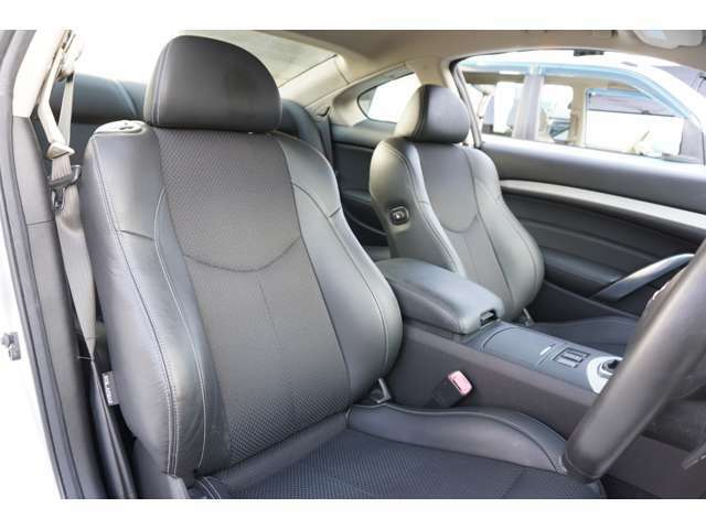 ★【黒半革シート】運転席シートのコンディションをご確認下さい!!★