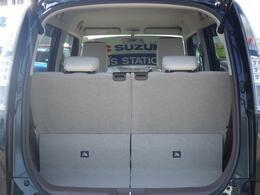 ◆ラゲッジスペース◆よりワイドになった荷室開口部で、大きな荷物も楽々。