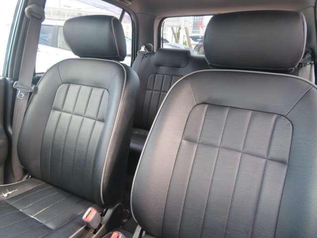 フロントシートの画像です!当店在庫車は全車保証付きですので、ご購入後も安心です!