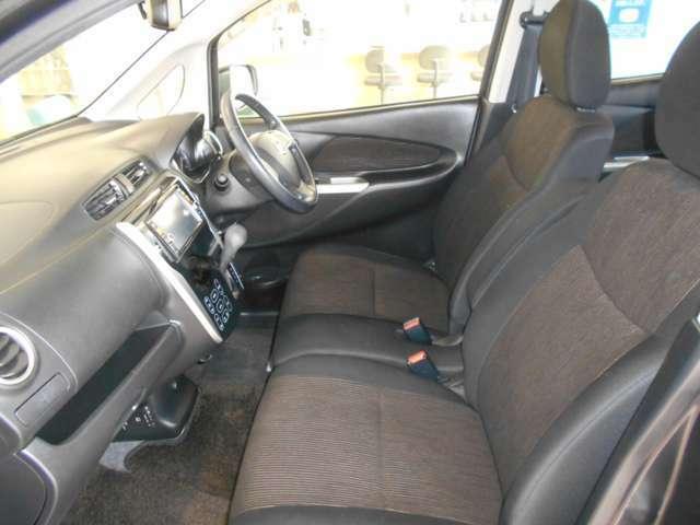 ☆居心地の良い運転席なので長時間座っていられます♪リラックスできるデザインがいいですね♪