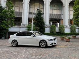 BMW 3シリーズ 320i Mスポーツパッケージ 保証付・サンルーフ・純正ナビ・ETC