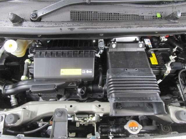 660ccインタークーラーターボエンジンです。