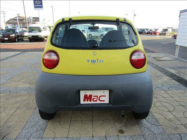 マックの中古車はお客様からの直接買取、下取り車です。前オーナーさんのこと知っています。まずはお気軽にお問合せください。