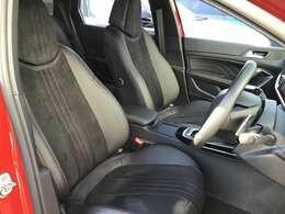 運転席シートです。座り心地・デザイン共に非常によく作られております【PEUGEOT名古屋中川:052-362-7012】