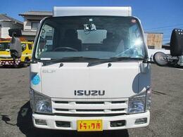 愛知県整備指定工場完備!メカニックが常駐しておりますので、いつでもお気軽に御相談下さい
