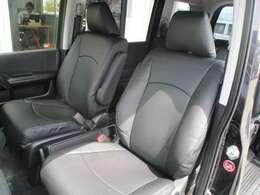 運転席側シート 使用感少なく綺麗です!シートカバー新調しております!