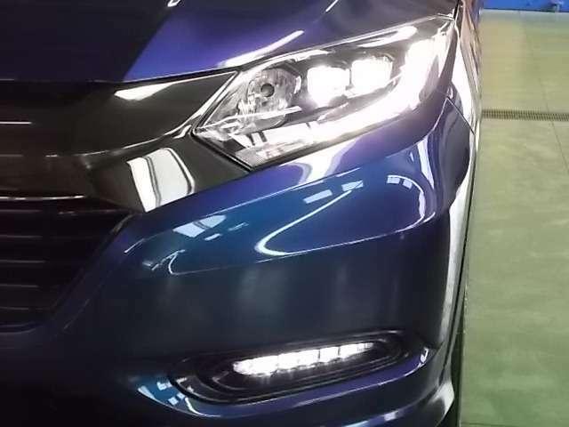 LEDライトは夜道を明るく照らし夜間走行の精神的負担を和らげてくれます。これで夜道も安心して運転できますね♪