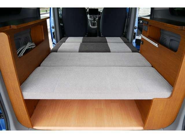 ベッドマットを取り外せばラゲージスペースとしてもご使用頂けます!
