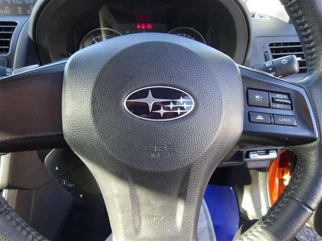 ハンドル周りです☆ 運転中、長く触れているものだから、手に馴染むハンドルがいいですよね♪ 握ると欲しくなります?よ!?