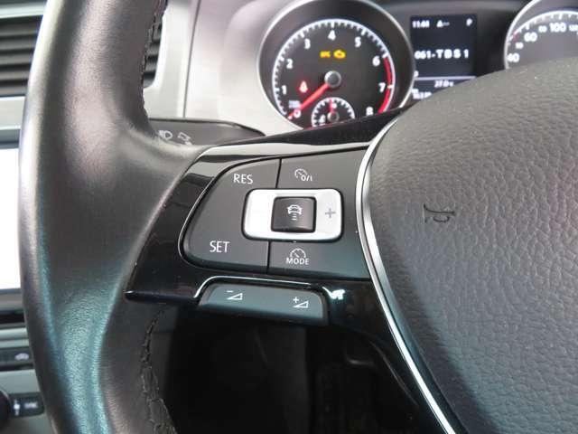 前車と一定の車間距離を保ちながら走る追随システムのACC(アダプティブクルーズコントロール)付!