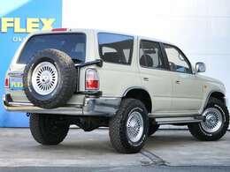 背面タイヤ付きの車輛です!新品のタイヤアルミは背面タイヤまで同じ物を装着!