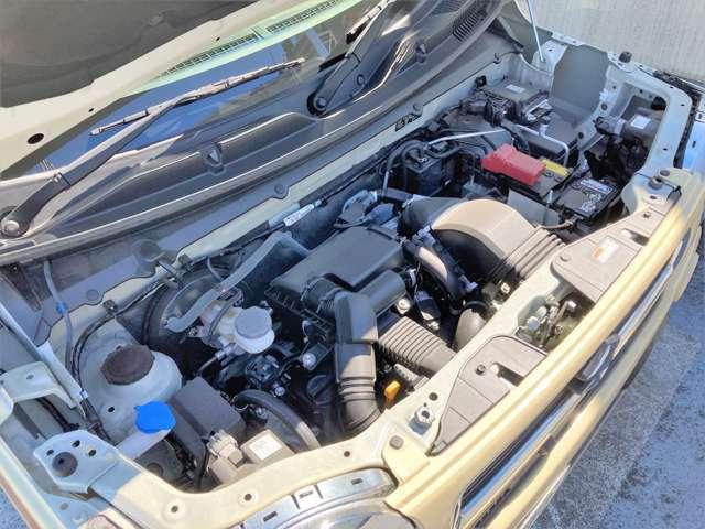 ターボエンジンでストレスフルな走りが楽しめます♪モーターを使ったマイルドハイブリッド機構も備わっています。