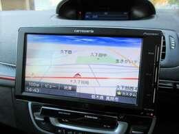 社外ナビが装備されております♪画面もクリアで運転中も確認しやすいです♪ワンセグTVの視聴もお楽しみ頂けます♪車内にいても退屈せずにお過ごし頂けます♪