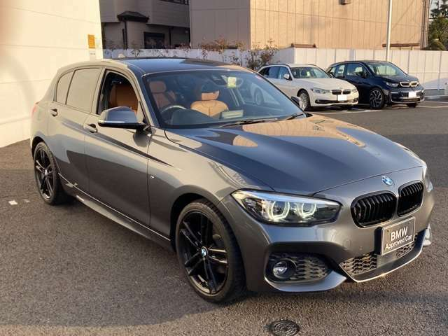 BMW専門のメカニックが、100項目にも上るポイントを徹底的にチェック。交換基準に達した部品があれば、弊社負担にて交換後、お客様へご納車致します。
