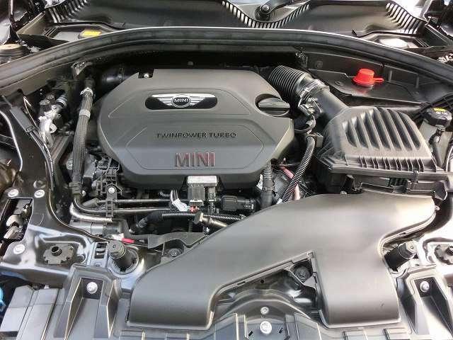 150ps 350N 燃費JOC8モード 22.0km/L (カタログ値) 4気筒ツインパワーディーゼルターボ