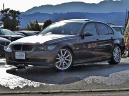 BMW 3シリーズ 320i サンルーフ車高調マフラーワンセグBカメラ